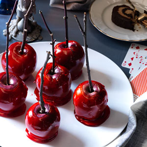Candy-Apples-Recipe-Ry5cs1-lg